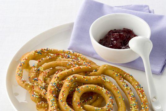 Spirali con marmellata di mirtilli